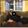 מה אנשים מוכנים לעשו בשביל כסף? סתם הנה סרטון מדליק להשראה ושעשוע מבחור שאת המוצרים שלו יודע למכור וכן הוא ממש מיליונר
